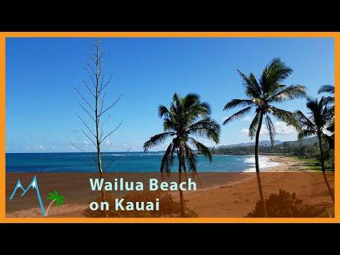 A pleasant afternoon on Wailua Beach in Kauai