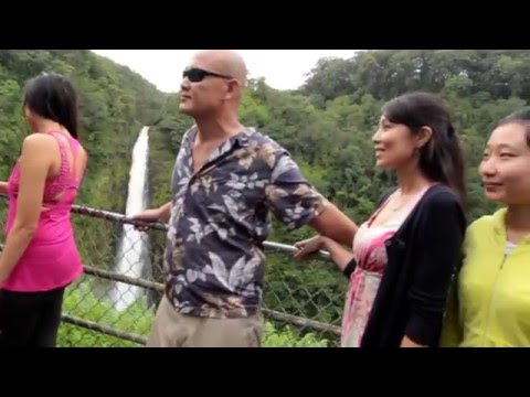 Waipio Valley and Waterfall Tours