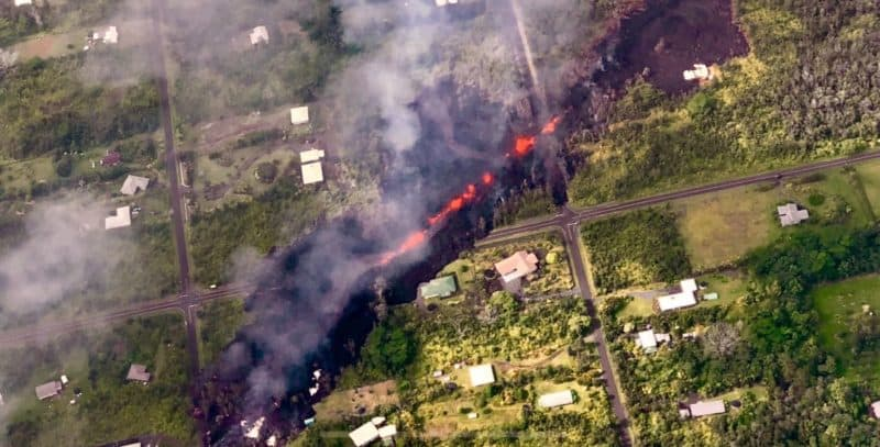 leilani estates, fissure, big island, kilauea, hawaii, volcanic eruption, aerial view, helicopter tour