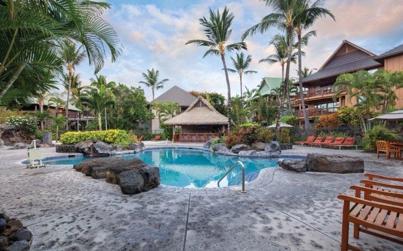 pool at the Kona Wyndham resort