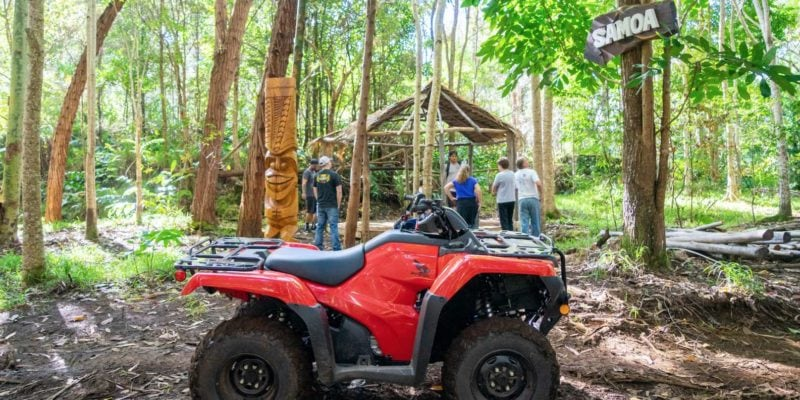 Aloha Adventure Farms ATV tour: stop at Samoa station