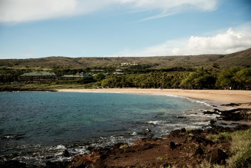 hulopoe bay and beach