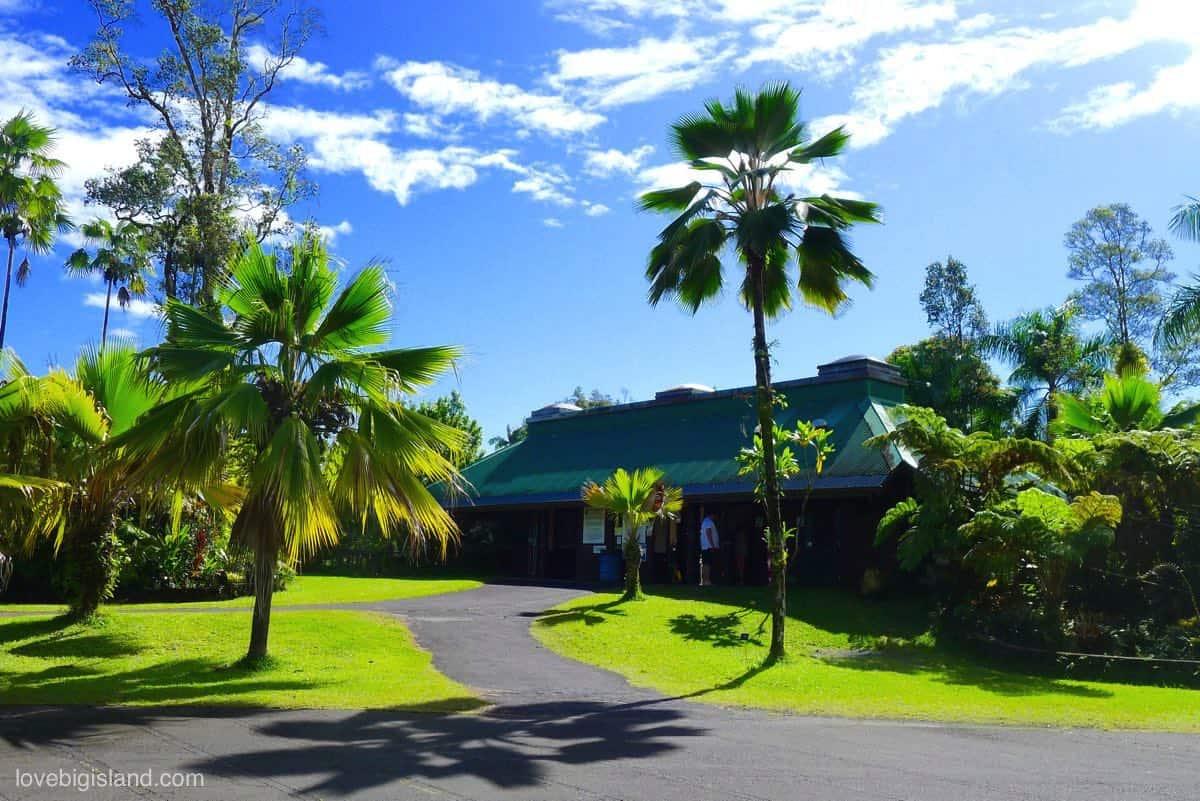 Panaʻewa Rainforest Zoo & Gardens