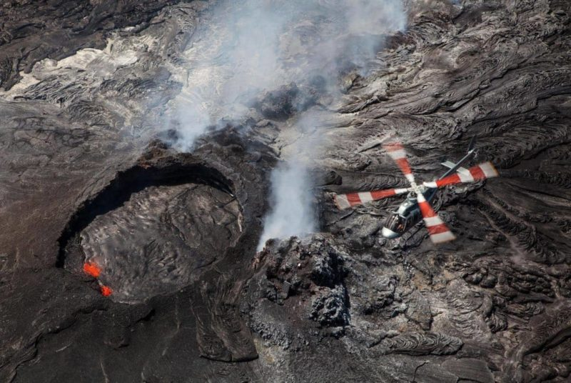 helicopter, lava, tour
