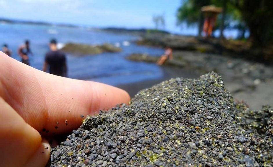 Richardsons beach (Big Island) green sand