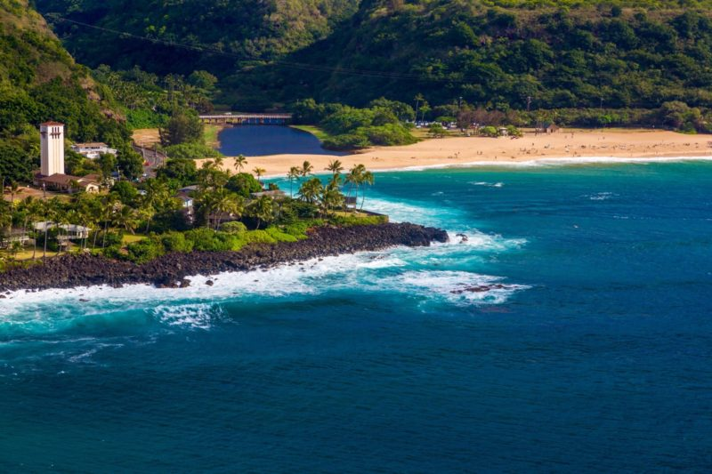 aerial shot of waimea bay on oahu