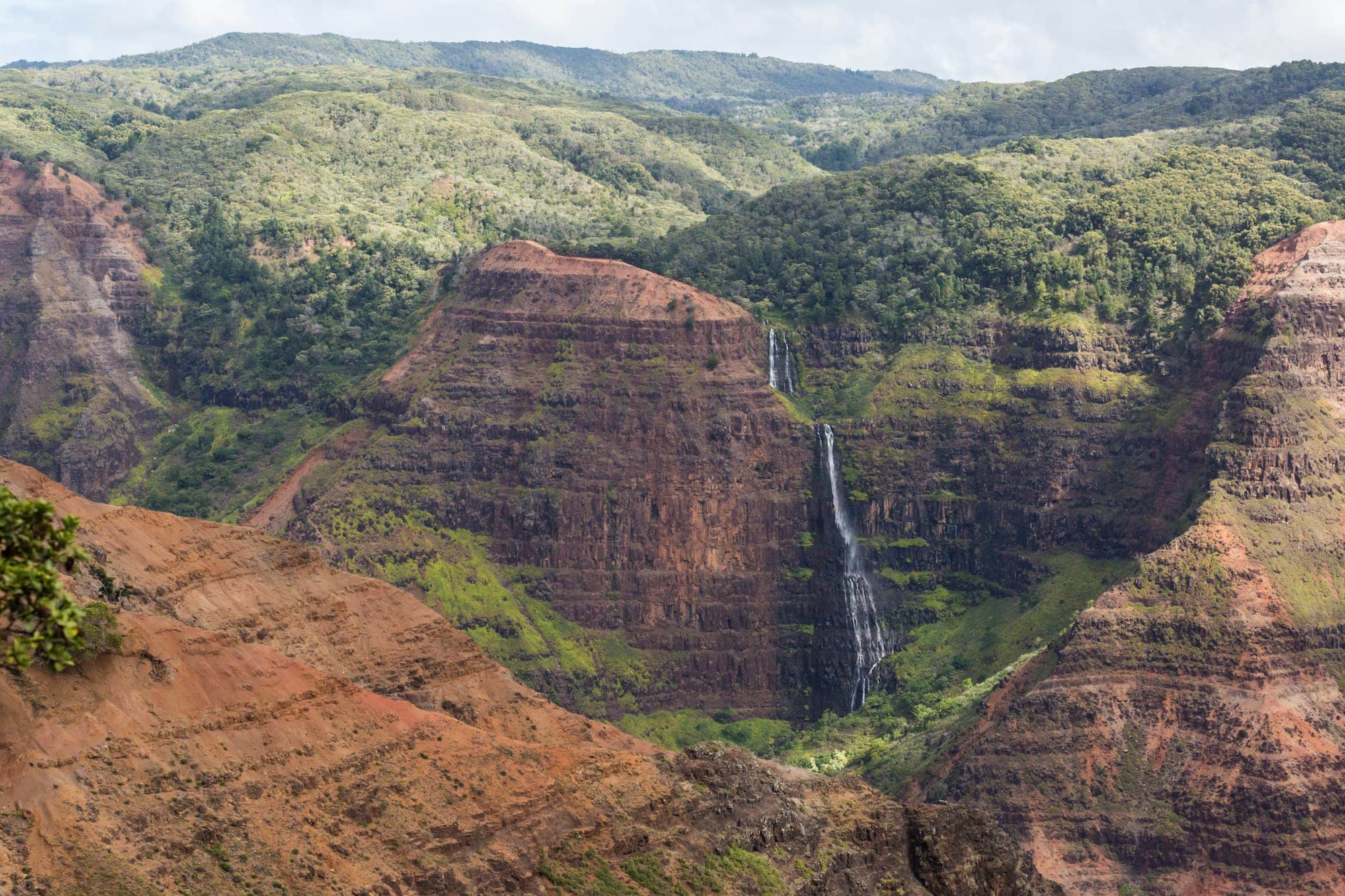 9 Amazing Kauaʻi Waterfalls